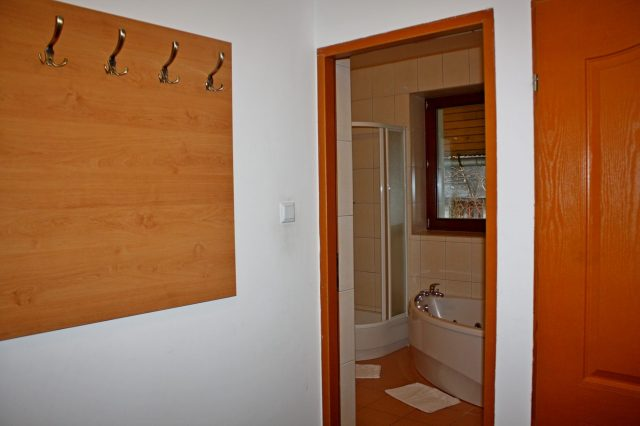 2-bedroom apartment (4 - 6 persons)